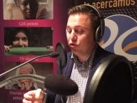Andy Wickham grabando en Radio Encuentro